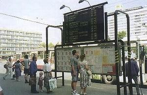Obrázek Cestující na stejném místě dnes